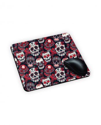 Tappetino mouse con teschi e fiori rossi stampati in sublimatico